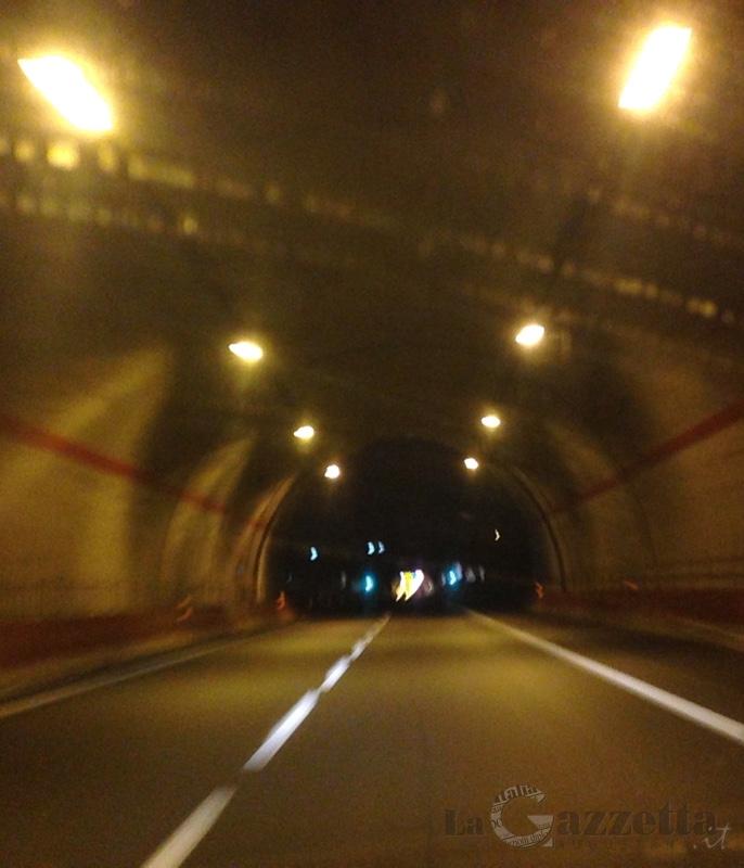 Galleria nell'autostrada Catania-Siracusa