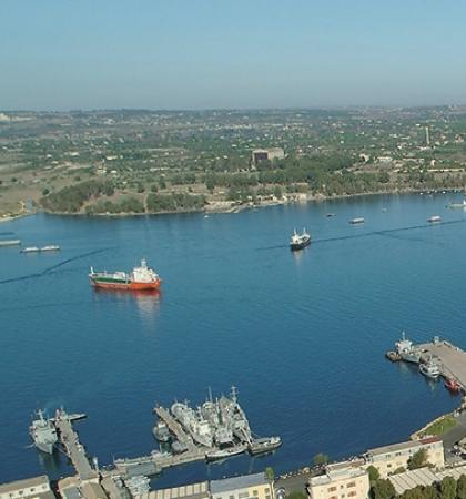 Scorcio del porto di Augusta