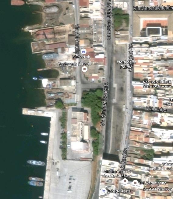 Visuale satellitare dell'area di via Marina Ponente in cui si realizzerà il parcheggio a due livelli