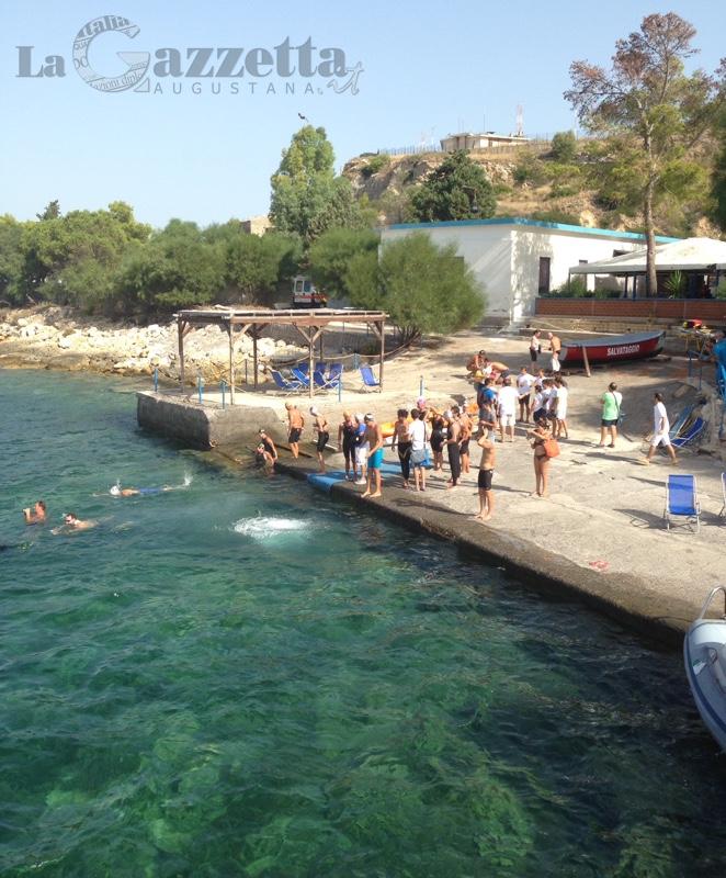 Nuotatori si tuffano per il 3° Trofeo Nazionale Augusta del Grand Prix nazionale di nuoto di fondo e mezzo fondo