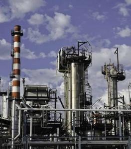 Impianto Versalis Eni nel polo petrolchimico di Priolo