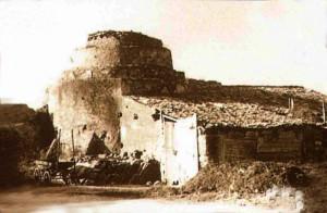 Rudere dell'antica Torre Vega, esistita nell'allora pianura di Terravecchia