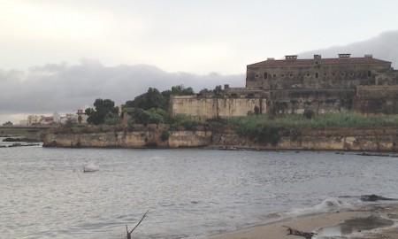 sequestro-castello-svevo-augusta-blog-il-corbaccio