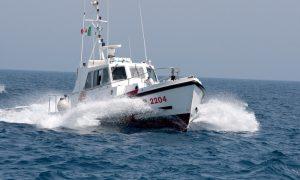 guardia-costiera-augusta-motovedetta-cp-2204