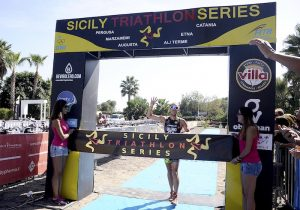 arrivo-ennio-salerno-tappa-catania-triathlon-sicily-series