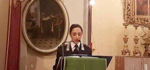 Truffe agli anziani, lezione per prevenirle del comandante dei carabinieri Rossella Capuano