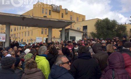 sit-in-manifestazione-ospedale-muscatello-augusta