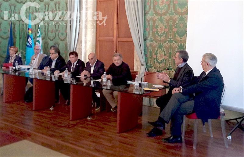 andrea-annunziata-convegno-sindacati-trasporti-palazzo-vermexio-siracusa