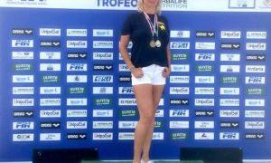 Nuoto master, l'augustana Calinescu vicecampionessa nazionale nei 50 dorso. A Palermo anche un bronzo