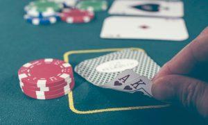 Come giocare responsabilmente a poker online per vincere e divertirsi