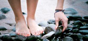 Come curare i piedi secchi
