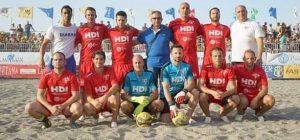 Un massaggiatore augustano dietro il successo della Svizzera al torneo internazionale di beach soccer a Patti