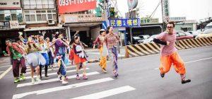 """""""Stay clown"""", manuale sull'arte del clown firmato da un augustano. Pubblicato a Taiwan, arriva in Italia"""