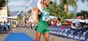 """Atletica Augusta, Liuzzo trionfa anche alla maratonina """"Blu Jonio"""" di Riposto. Dopo vittoria della Stramegara"""