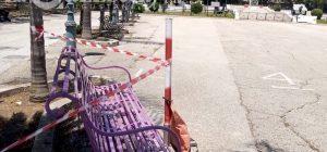 Augusta, una panchina lilla in piazza Castello. Ecco il motivo